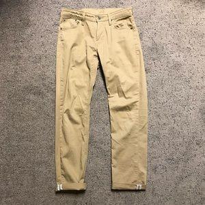 Levi's commuter pants